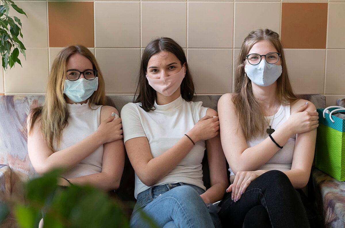 Szlávik: kedvező a 16-18 évesek oltási hajlandósága