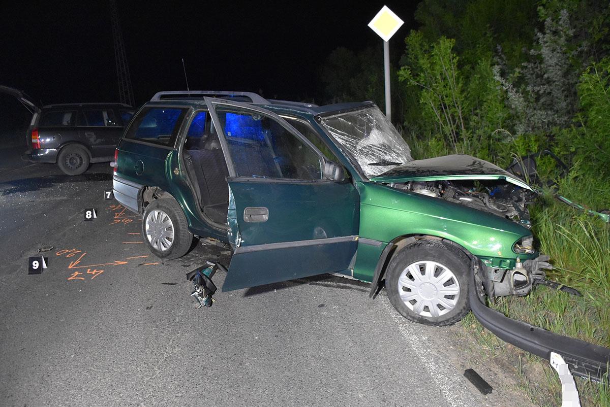 Közlekedési, két autó ütközött Szeghalom közelében