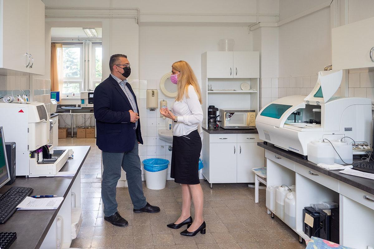 Új eszközökkel fejleszti a betegellátást a békési rendelőintézet