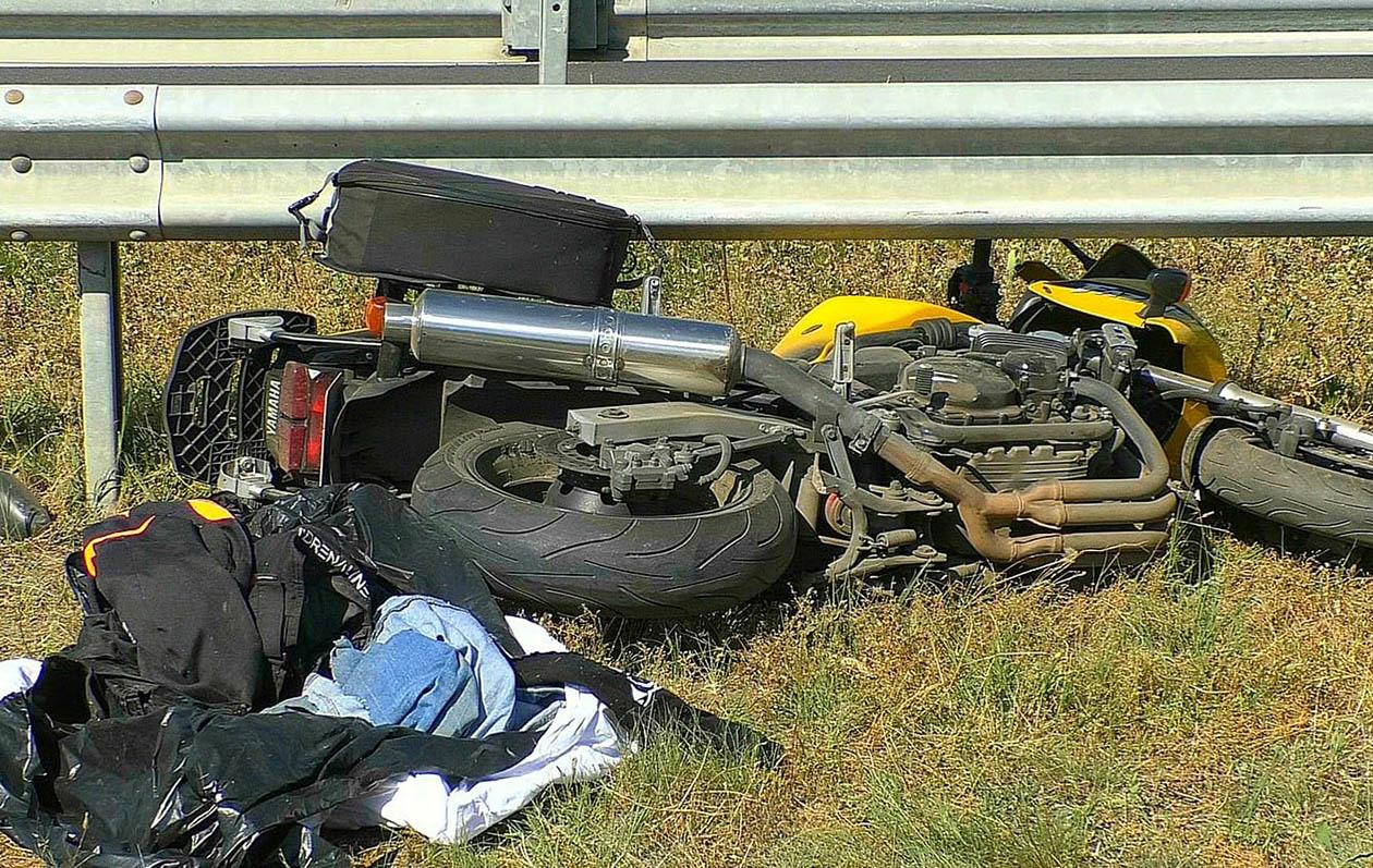 Életveszélyesen megsérült egy motoros Gyula határában