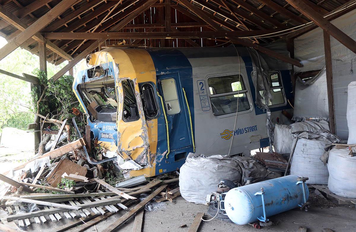Tart a műszaki mentés, de korlátozottan már közlekedhetnek a vonatok Sátoraljaújhelynél