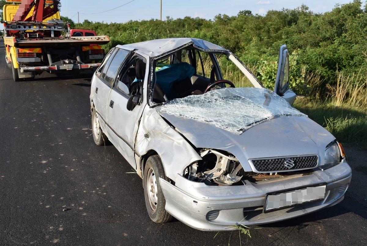 Árokba borult egy autó Gyula és Kétegyháza között