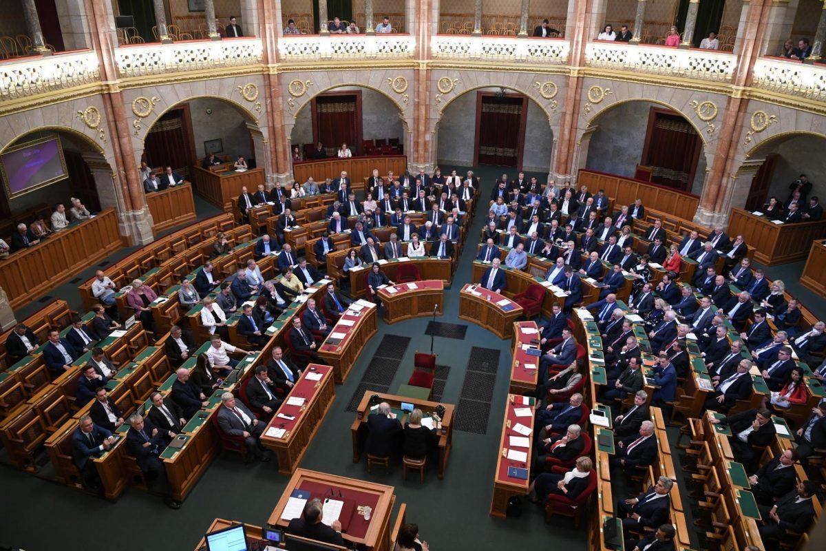 Új intézkedéseket jelentett be Orbán Viktor