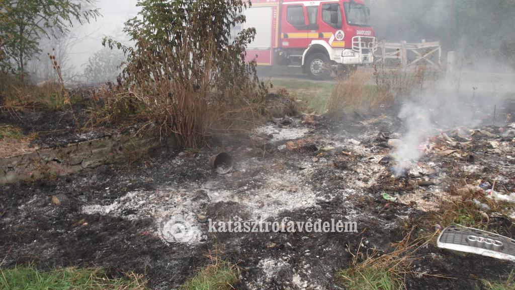 A tűzoltókat területtüzekhez riasztották a tegnapi nap folyamán