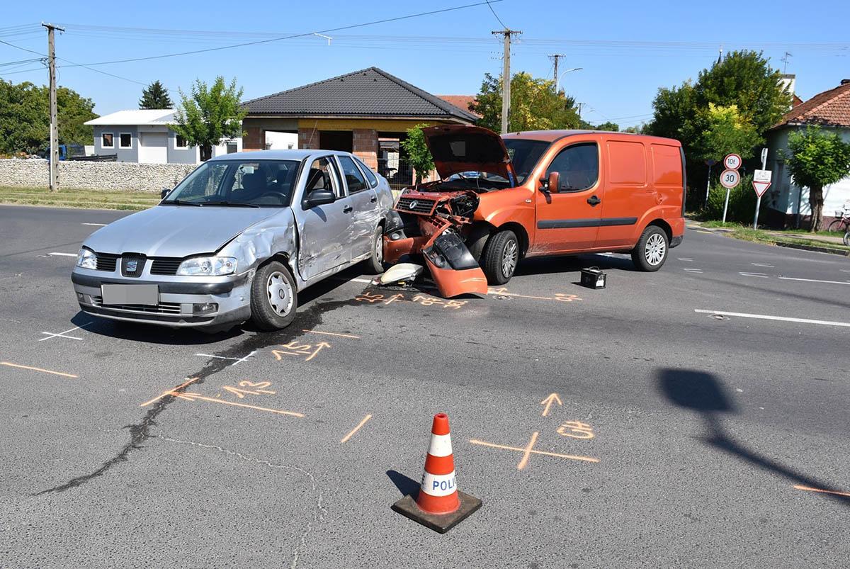 Négy balesetben ketten súlyosan, hárman könnyebben sérültek Békésben