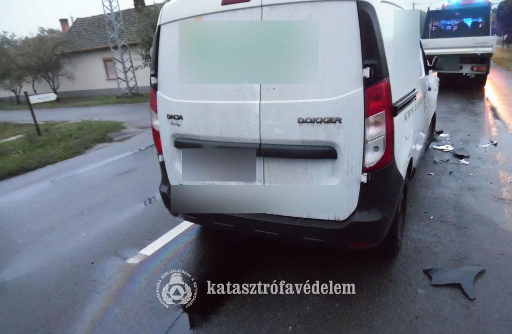 Személygépkocsi kisteherautóval karambolozott Köröstarcsán