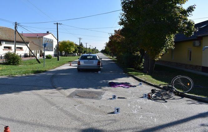 Elütöttek egy biciklist Szarvason, súlyosan megsérült